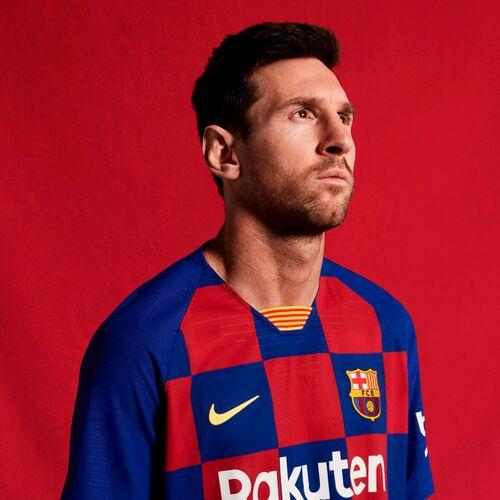 Домашняя форма «Барселоны» 2019-2020 - официальная презентация.